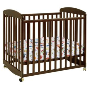 DaVinci Alpha Portable Crib With Wheels