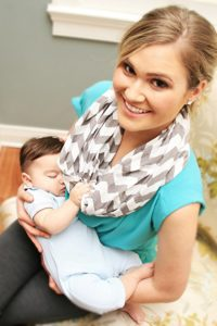 Mom Cover Up For Breastfeeding